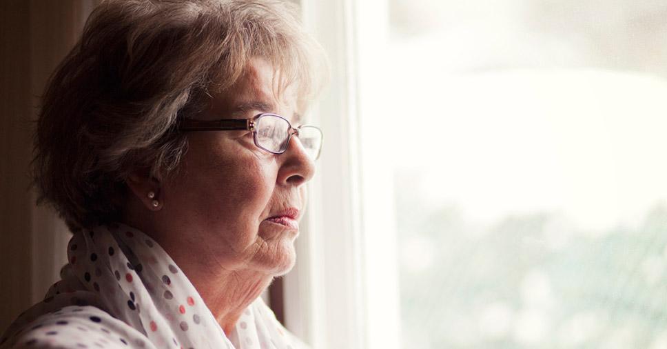 Sintomas do Alzheimer: aprenda a identificá-los e tratar a doença