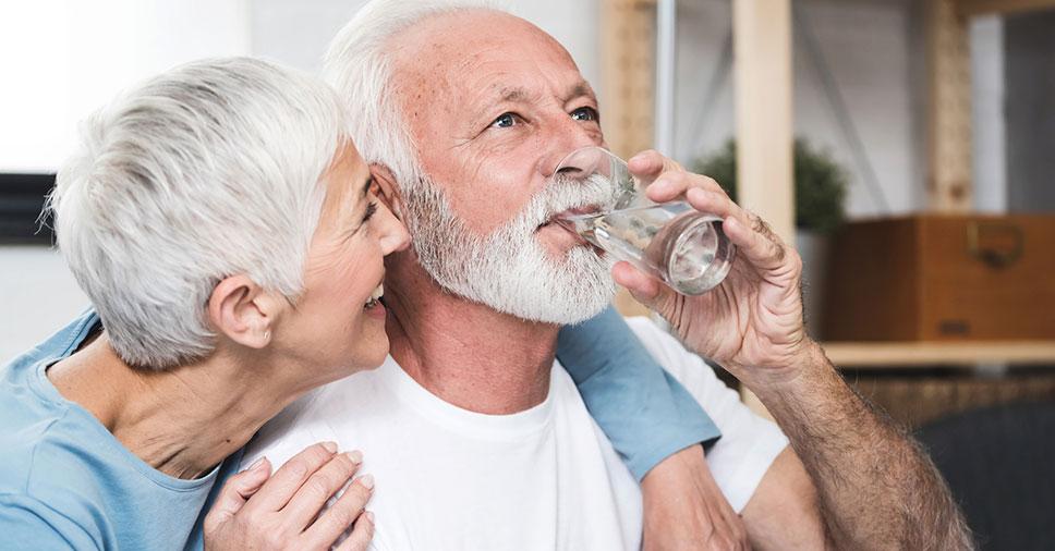 Descubra a importância da hidratação para idosos!